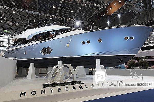 Luxusyacht MCY 76  von Monte Carlo Yachts und Giorgetti  ausgestellt auf der Boot 2020  weltgrößte Boots- und Wassersportmesse  Düsseldorf  Nordrhein-Westfalen  Deutschland  Europa
