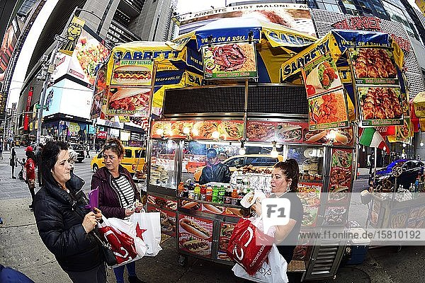 Hot Dog-Stand am Times Square  Manhattan  New York City  New York State  USA  Nordamerika