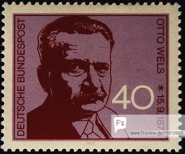 Otto Wels  der Vorsitzende der Sozialdemokratischen Partei Deutschlands (SPD) von 1919  Porträt auf einer deutschen Briefmarke
