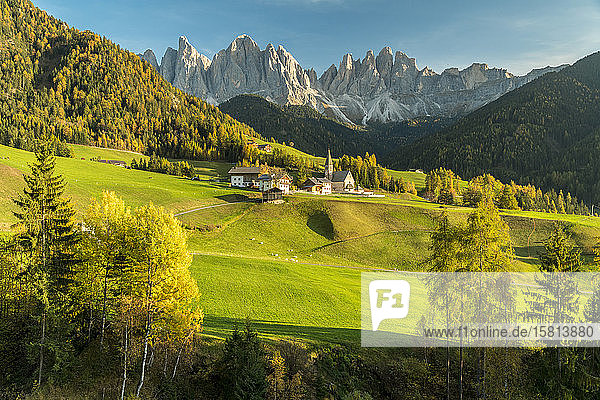 Sunset over the Odle Group and village of Santa Magdalena  Funes Valley  Dolomites  Bolzano province  South Tyrol  Italy  Europe