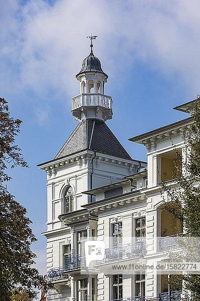 Deutschland  Mecklenburg-Vorpommern  Heringsdorf  Wilhelminisches Äußeres des Hotels Seeschloss Heringsdorf