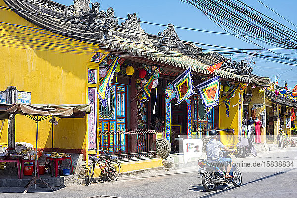 Chua Ong Pagode  Hoi An  Vietnam