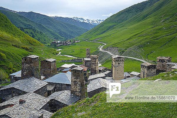 Dörfer Chazhashi und Murkmeli  Ushguli  Region Samegrelo-Zemo Svaneti  Georgien