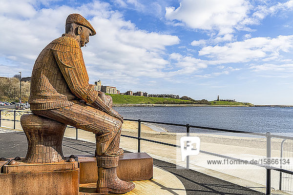 Fiddler's Green Fishermen's Memorial; North Shields  Tyne and Wear  England