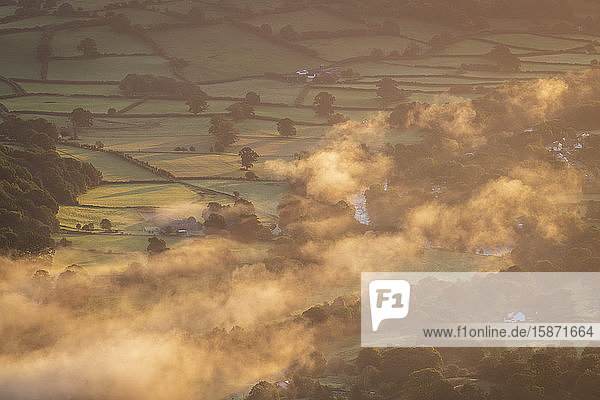 Mist floating over the Usk Valley at dawn  Brecon Beacons National Park  Powys  Wales  United Kingdom  Europe
