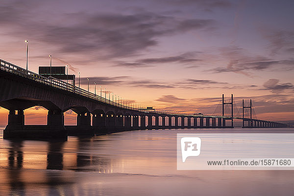Sunset over the Prince of Wales Bridge in winter  Gloucestershire  England  United Kingdom  Europe