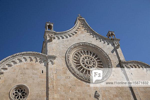 The rose window on the Cathedral of Santa Maria dell Assunzione in Ostuni  Puglia  Italy  Europe