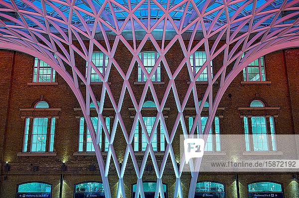 King's Cross Railway Station  London  England  United Kingdom  Europe