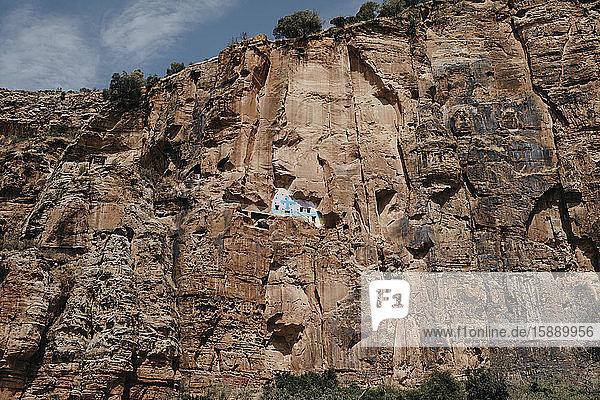Niedrigwinkelansicht der Felsenkirche in  Abiy Addi  Äthiopien  Afar
