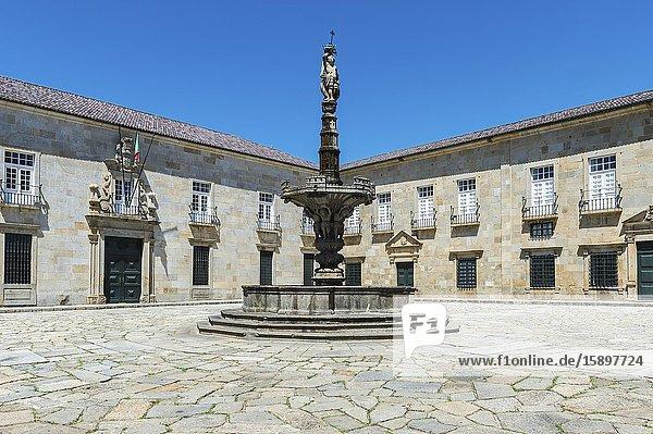 Largo do Paco,  Archiepiscopal palace court with the Chafariz dos Castelos,  Braga,  Minho,  Portugal.