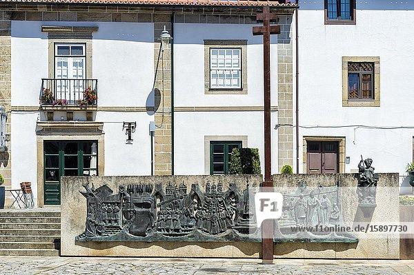 Rossio da Sé Square near the Cathedral  Braga  Minho  Portugal.