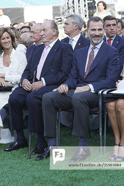 King Felipe VI of Spain  King Juan Carlos of Spain attended the Presentation of the COTEC Report at Vicente Calderon Stadium on June 12  2017 in MadridKing Felipe VI has decided to renounce the inheritance of King Juan Carlos of Spain 'that could personally correspond to him ' announced this Sunday the Casa del Rey  in a statement in which he also advances that King Juan Carlos of Spain stops receiving the assignment he has fixed in the Budgets of the House of SM the king.