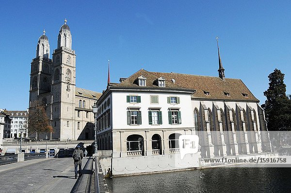 Zürich/Switzerland: The Grossminster and the Helmhaus museum with the bridge over the Limmat river.