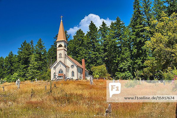 Church on Indian reserve near Cowichan Bay  Vancouver Island  British Columbia  Canada.
