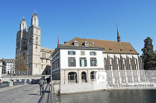 Zürich/Switzerland: The federal council has spoken 40 Billions of Swiss Francs to help the economy in times of Covid19 log down. The parliament house in Zürich is closed.