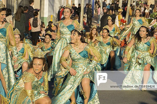 MOTA DEL CUERVO CUENCA SPAIN: Great parade of Carnival.