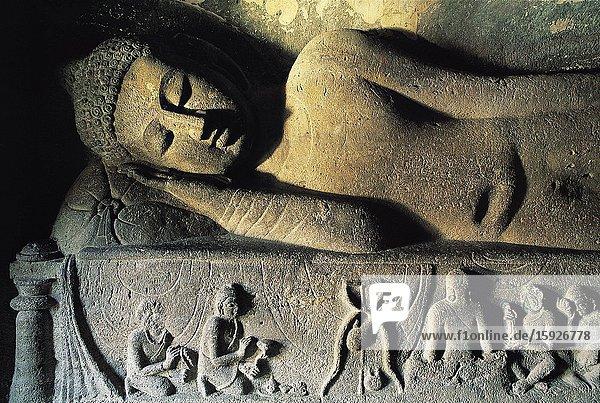 India  Maharashtra  World Heritage Site  Ajanta  Cave 26  Buddha in parinirvana posture.