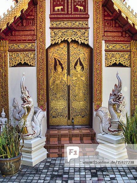 Entrance to Wat Muen Ngen Kong  Chiang Mai  Thailand.