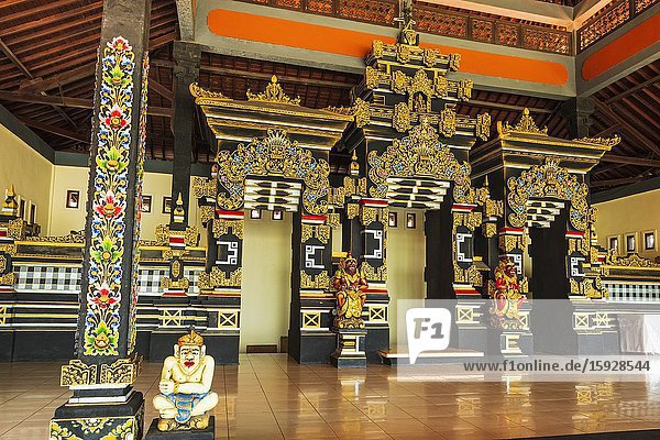 Hindu shrine at Tanah Lot Temple  Bali  Indonesia.