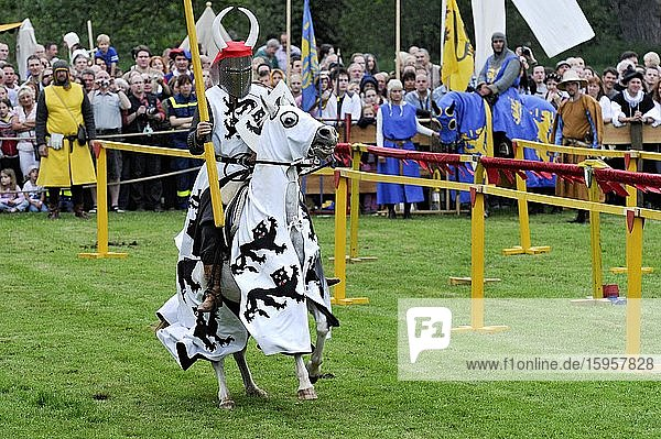 Knights on horseback  equestrian games  historical city festival  Gelnhausen  Main-Kinzig-Kreis  Hesse  Germany  Europe
