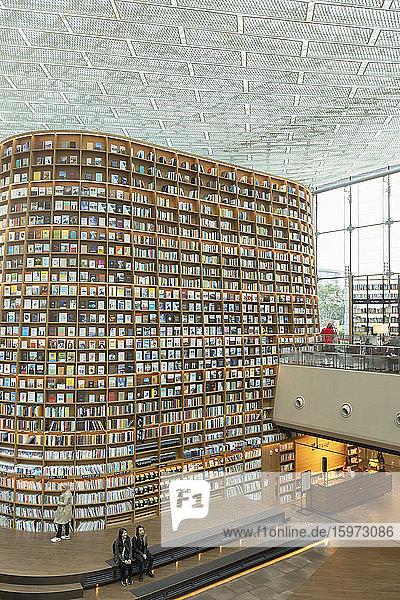 Sternenfeldbibliothek in der COEX Mall  Seoul  Südkorea  Asien