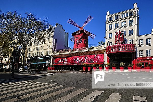 France  Paris  Pigalle  Place Blanche  the Moulin Rouge during the lockdown of Covid 19.