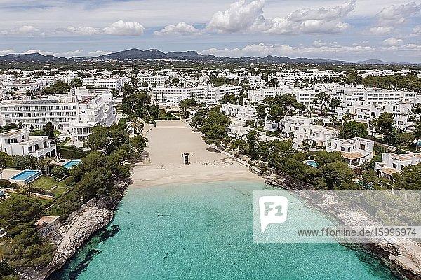 Cala Gran  Cala d'Or  Santanyi  Mallorca  Balearic Islands  Spain. Image taken during the Covid-19 pandemic lockdown.