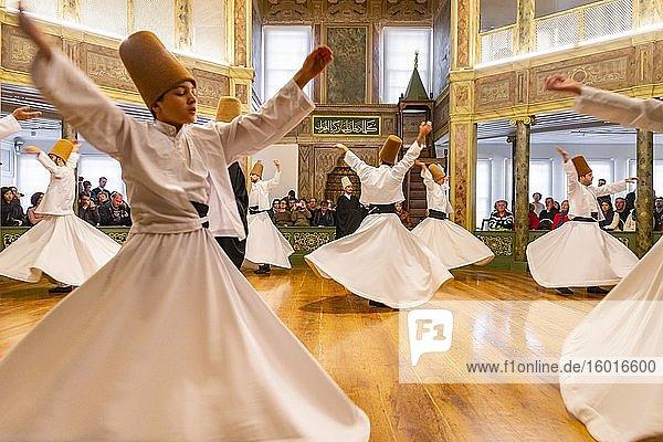 Dancing dervishes from the Sufi Mevlevi Order  Sema-Zerimonie  dervish dance  Sema  Mevlevihanesi Müzesi  Istanbul  Türkei
