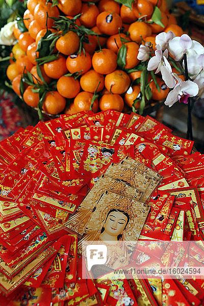 Rote Umschläge ( hongbao ) für das chinesische Neujahrsfest