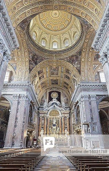 Innenraum der Kirche von Gesù Nuovo  Neapel  Italien  Europa
