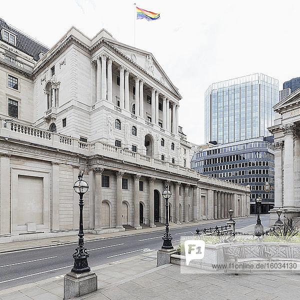 Außenansicht der Bank of England  London  Großbritannien während der Corona-Virus-Krise.
