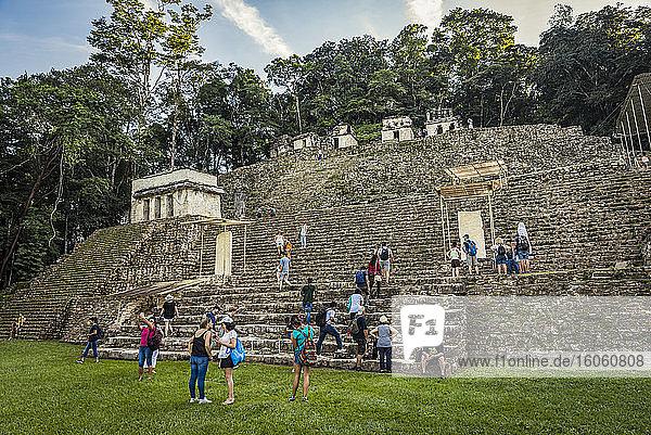 Tourists at Bonampak; Usumacinta Province  Chiapas  Mexico