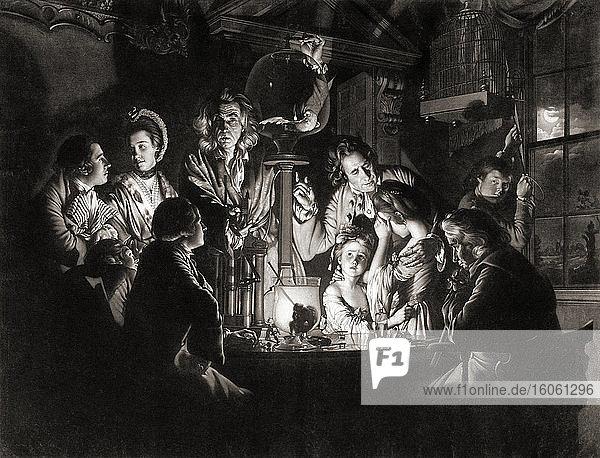 Ein Experiment mit einem Vogel in der Luftpumpe. 18. Jahrhundert. Nach einem Druck von Valentine Green  nach dem Gemälde von Joseph Wright of Derby. Ein Naturphilosoph - ein Wissenschaftler - stellt eines von Robert Boyles Vakuumpumpen-Experimenten nach  bei dem einem Vogel die Luft entzogen wird.