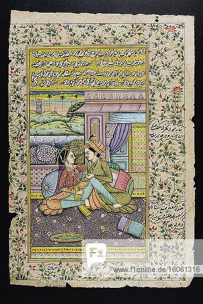 Rajasthanische Miniaturmalerei aus Rajasthan  Indien. Vermutlich Ende 19. oder Anfang 20. Jahrhundert. Ein Mann umwirbt eine Frau in einer Boudoir-Szene.