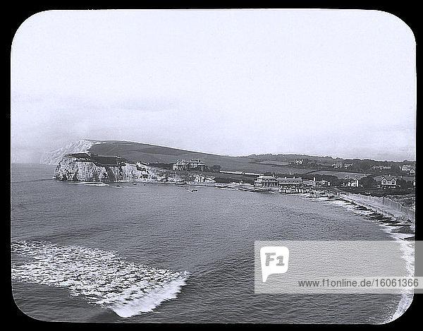 Laterna Magica-Dia um 1880.viktorianisch/ewardianisch.Sozialgeschichte. Diasatz: Frershwater Bay Isle of Wight.