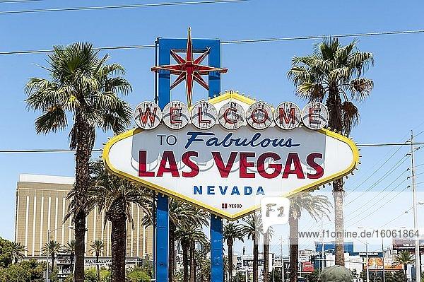 Historisches und bekanntes Yesco-Schild  Welcome to fabulous Las Vegas  Las Vegas  Nevada  USA  Nordamerika