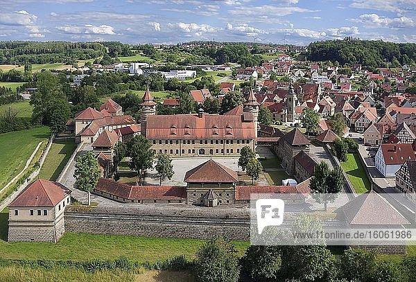 Luftaufnahme  Festung Lichtenau  hinten Markt Lichtenau  Landkreis Ansbach  Mittelfranken  Franken Bayern  Deutschland  Europa
