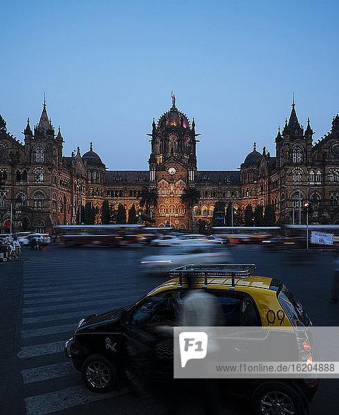 Mumbai Chatrapati Shivaji Terminus (Victoria Terminus) at evening rush hour  Mumbai  India