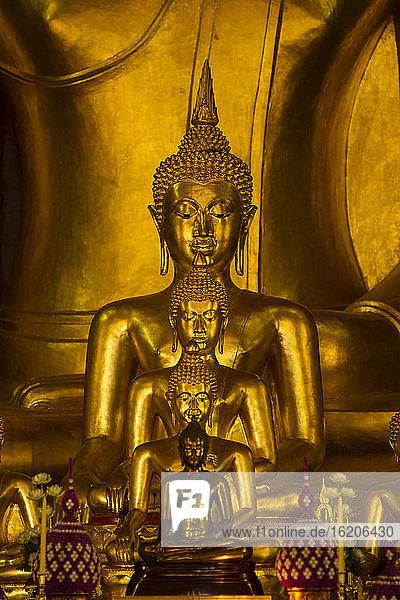 Wat Phra Singh Buddhist Temple  Chiang Rai  Thailand