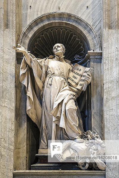 Petersdom  UNESCO-Weltkulturerbe  Vatikan  Rom  Latium  Italien  Europa