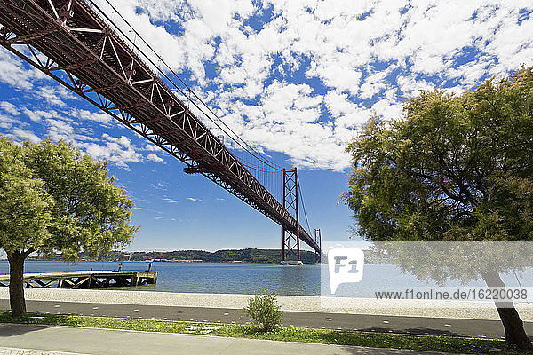 Portugal  Lisbon  Setubal  View of 25 de Abril Bridge