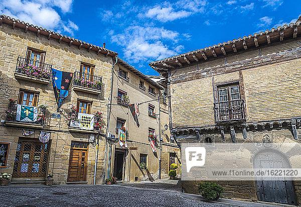 Spanien  Rioja  Mittelalterliche Tage von Briones (Festival von nationalem touristischem Interesse)  mittelalterliche Häuser (Jakobsweg)
