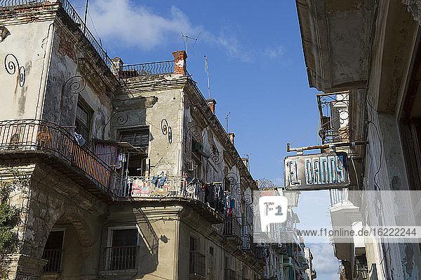 Wegweiser zum Restaurant El Dandy in Alt-Havanna  Havanna  Kuba