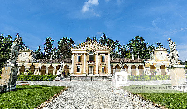 Italy  Veneto  Villa Veneta Barbaro (villa Volpi) (16th century  by Andrea Palladio)