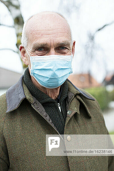 Older man with face mask