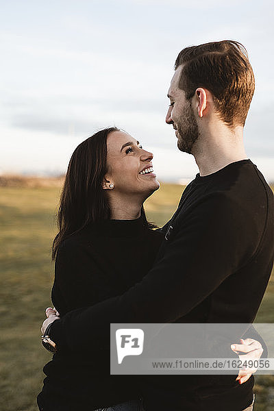 Glückliches Paar zusammen