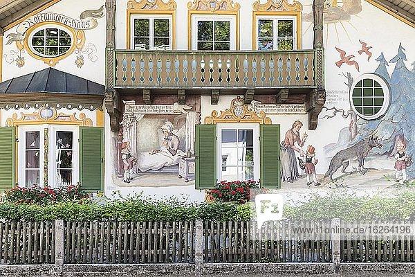 Hansel and Gretel House  Oberammergau  Ammertal  Upper Bavaria  Germany  Europe