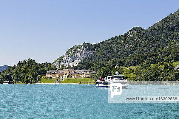 Österreich  Salzkammergut  Bundesland Salzburg  Wolfgangsee  Ried am Wolfgangsee  Passagierschiff Salzburg