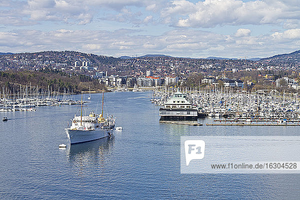 Scandinavia  Norway  Oslo  Cityview and harbour