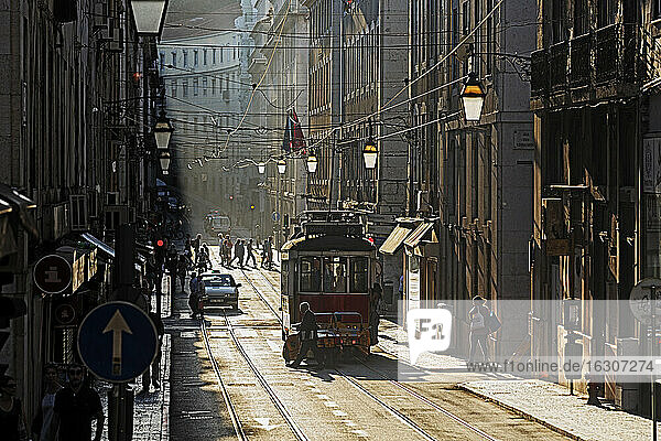 Portugal  Lisboa  Baixa  electrico on the way